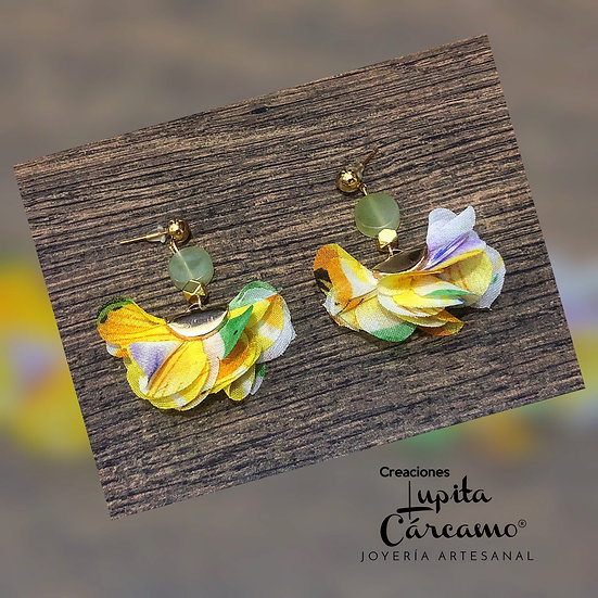 Aretes dancer flowers  amarillos
