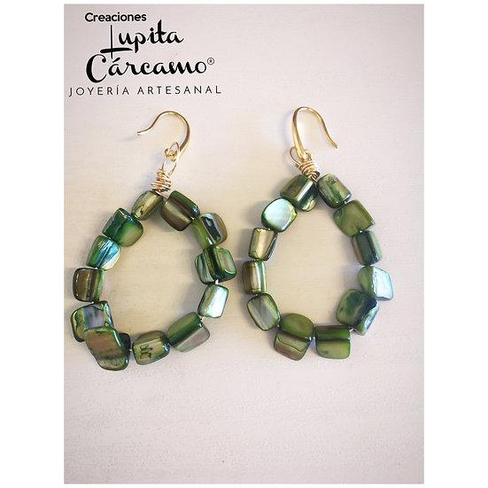 Arracadas de madre perla verde