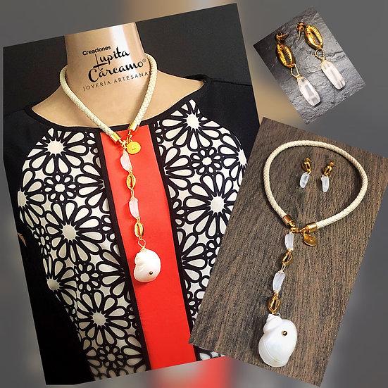 Collar white &Golden Shell ( 2 piezas)
