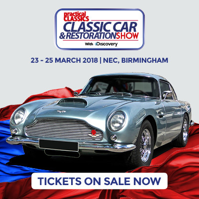 Showman garage furniture at the classic car and restoration show 2018