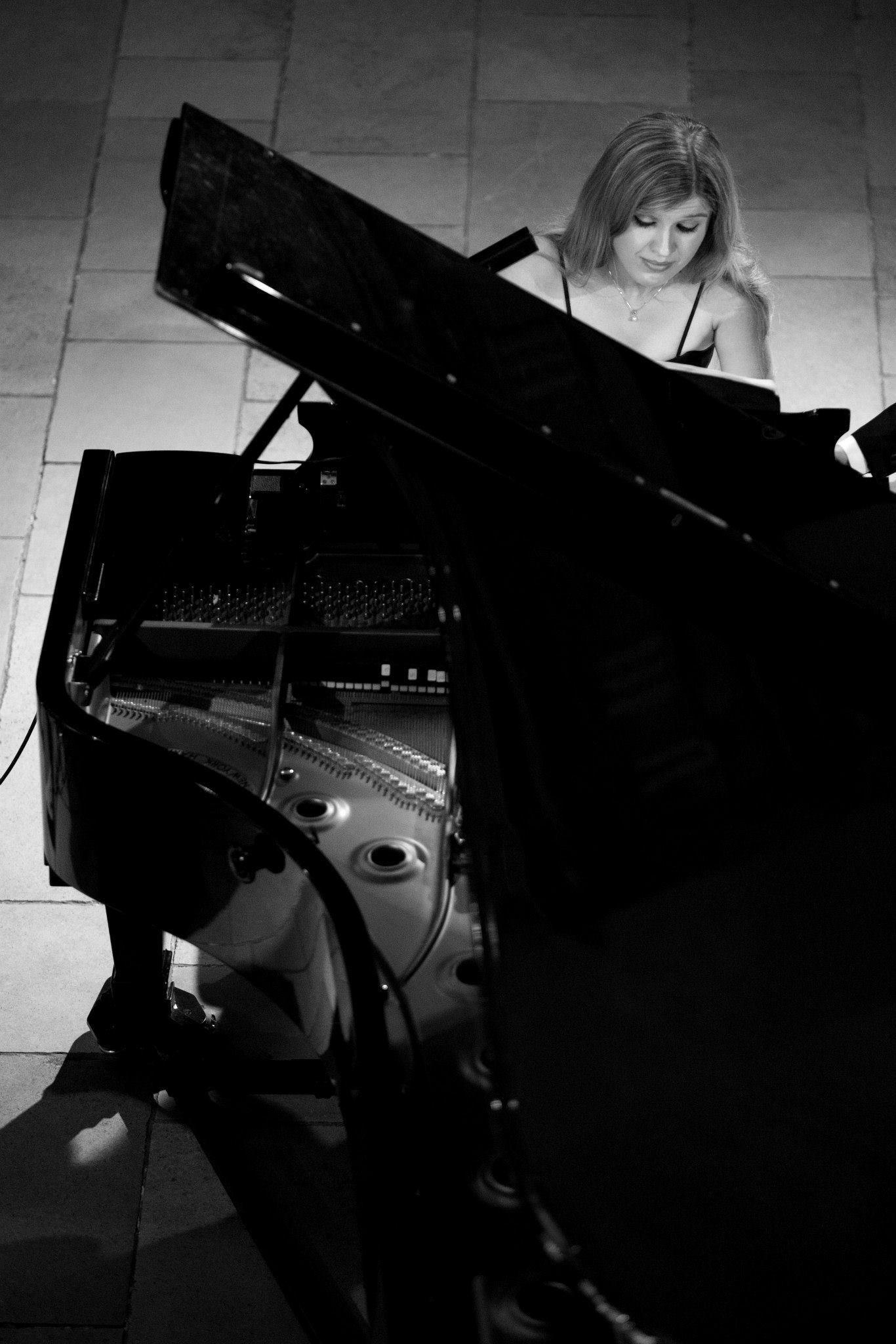 Olga Jørgensen, piano
