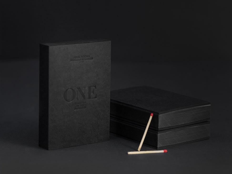 ONE_Minibook_01_1000