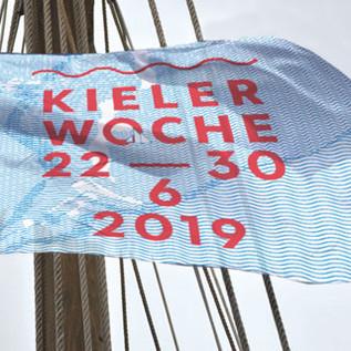 Kieler-Woche_Fahne320x320.jpg