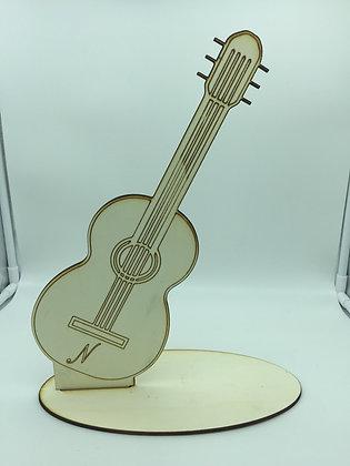 Sagoma chitarra in Legno con Iniziale Personalizzata