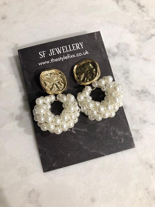 Kyro pearl earrings