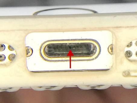 iPhone5sが充電が出来なくなった症状の修理、故障の原因と対策