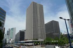 大阪駅前第三ビル1階