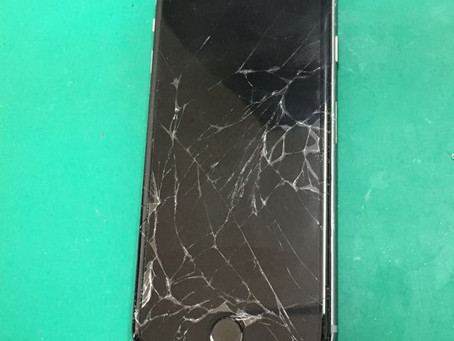 iPhone6ガラス割れ修理。神戸のお客様。