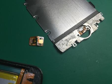 iPod Touch 4世代のホームボタンを押しても反応がない。ホームボタン修理。