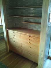 食器棚 材料:本桜
