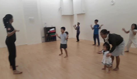 dance class for kids and toddlers