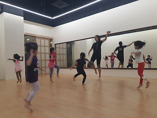 ballet class for kids and toddlers.jpg