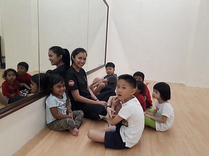 kpop dance class for children and teens