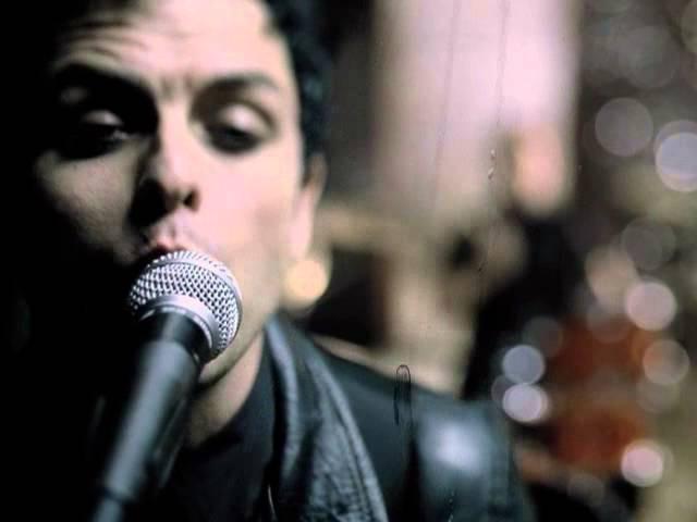 """Green Day - """"BOULEVARD OF BROKEN DREAMS"""" LYRICS"""