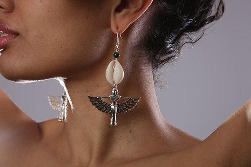Malachite, Isis, shell earrings