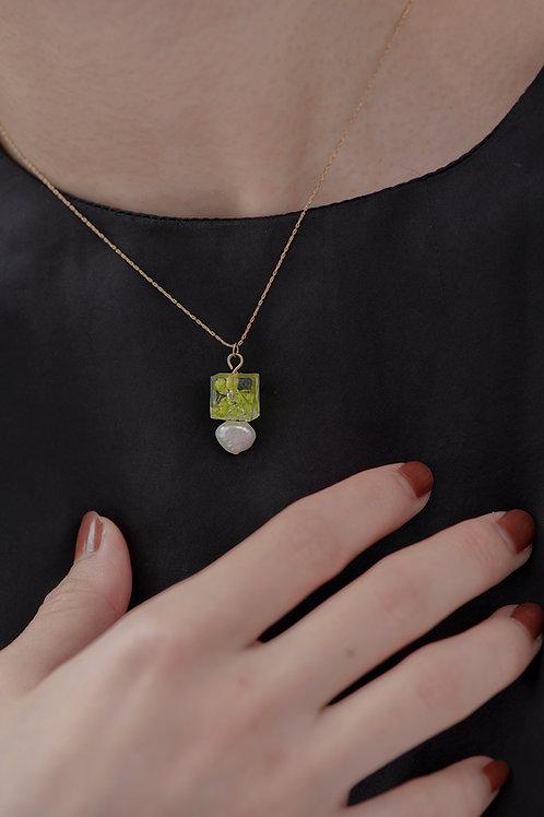 Eunoia Necklace-Green