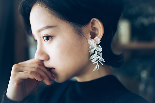 White Purity Earrings