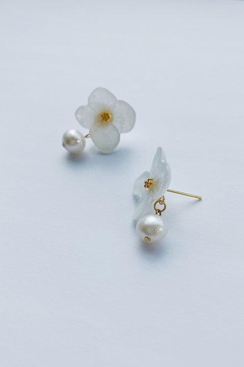 Hotaru Earrings