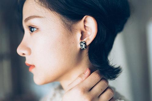 Limonium Dark Lake Earrings
