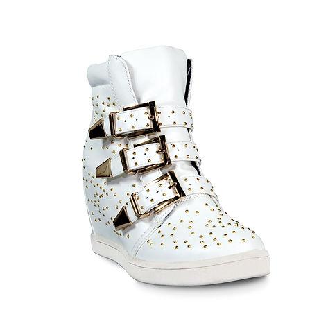סטודיו לצילום 24-70, צילום אופנה, צילום מוצרים לקטלוג - צילום נעליים - צילום נעליים על רקע לבן , צילום לאיביי , צילום לקטלוג , צילום פקשוט , סטודיו לצילום מוצרים , צילום לאמזון , צילום נעלי נשים , צילום מוצרי אופנה , צילום נעליים לקטלוג , צילום פרסום