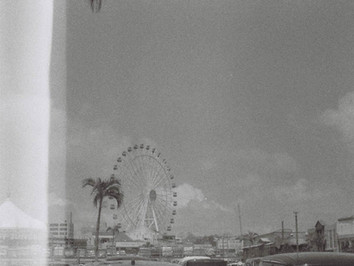 旅先で買った白黒フィルムで沖縄を撮る