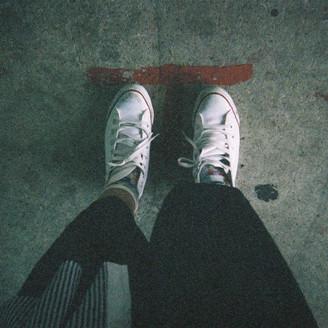 下を向いて歩こう