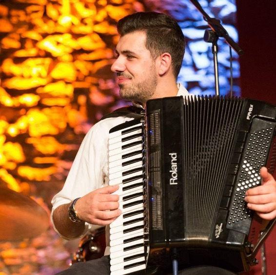 Radu Laxgang