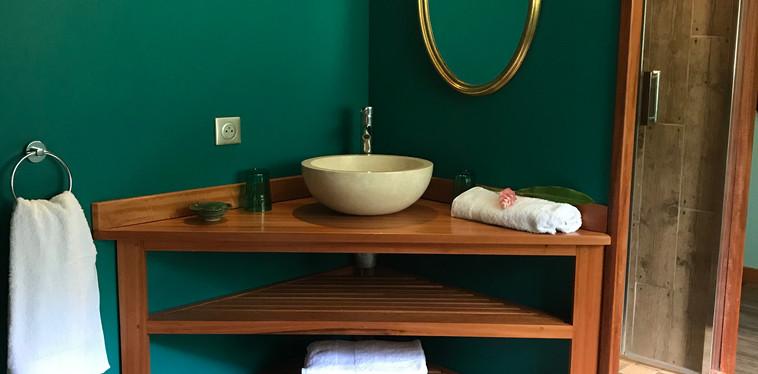 Salle de bain lagon, à l'étage