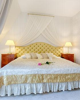hoel room2.jpg
