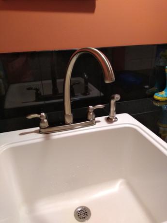 sink faucet - Copy.jpg