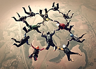 Skydivers%20team%20work%20photo%20effect