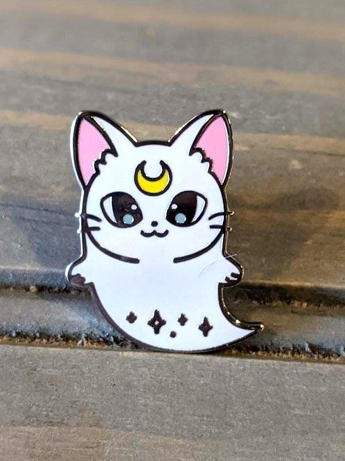 Ghost Moon Cat: Pin