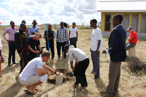Grunsteinlegung für das Mädchenhaus in Arusha/Tansania