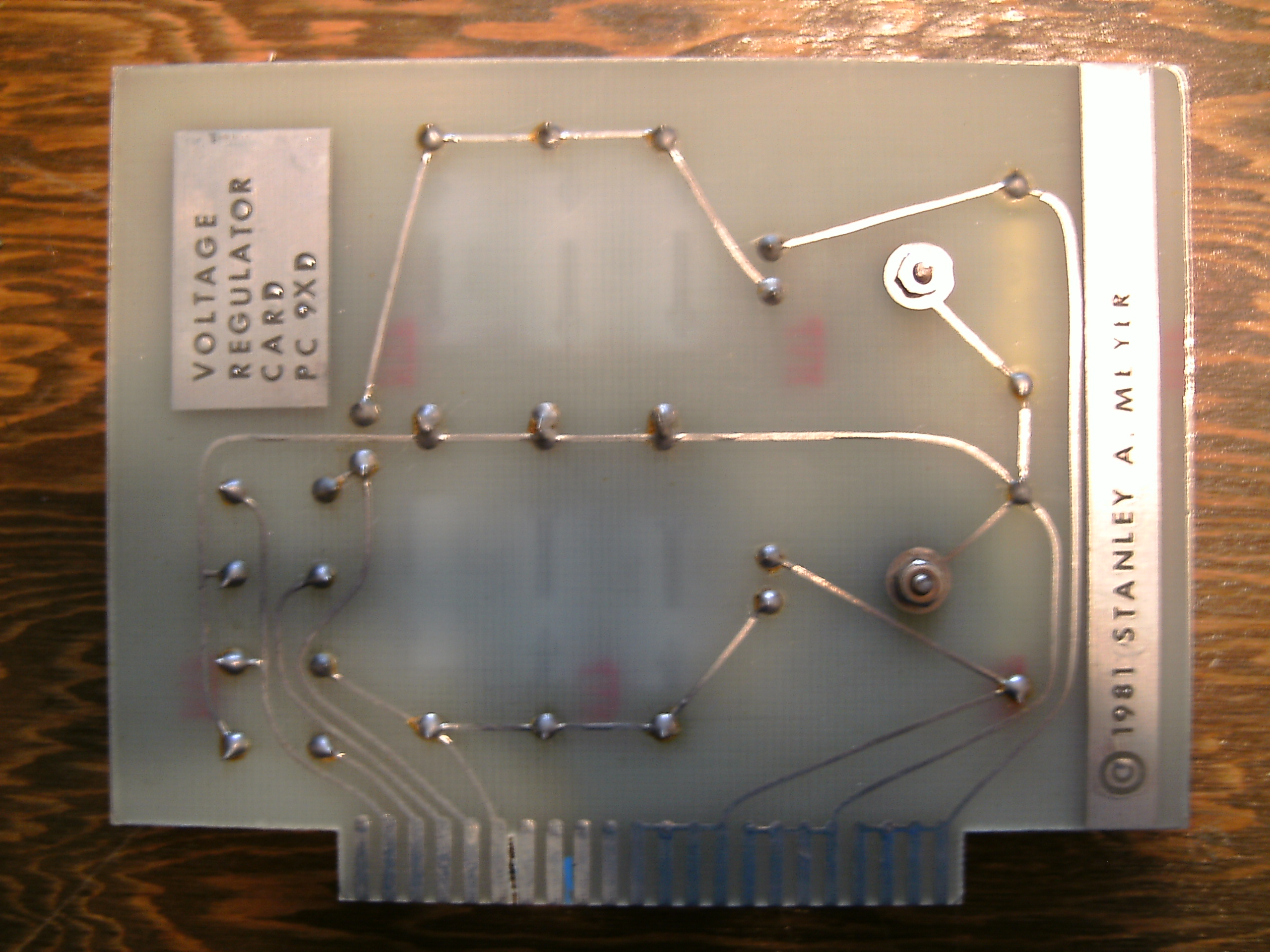Stanley Meyer 9XA Voltage Circuit