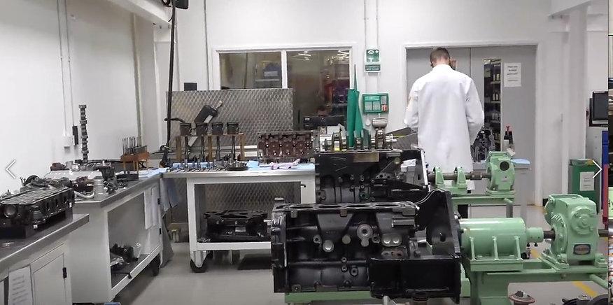 Hydrogen Fueled Construction Equipment Vehciles Cat JCB Man Volvo Komatsu (16).jpeg