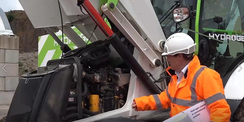 Hydrogen Fueled Construction Equipment Vehciles Cat JCB Man Volvo Komatsu (11).jpeg