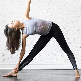 Yoga à Laterrière - Utthita trikonasana