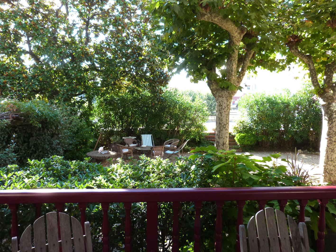 vue-jardin-salon