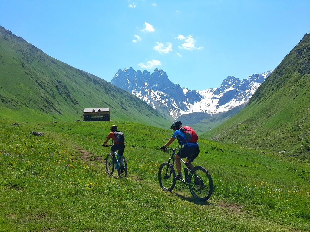 Mountain biking tour in kazbegi
