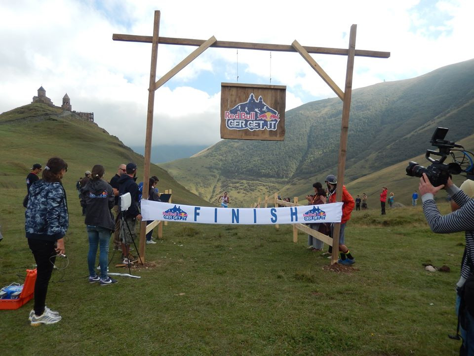 Trail running tour in kazbegi