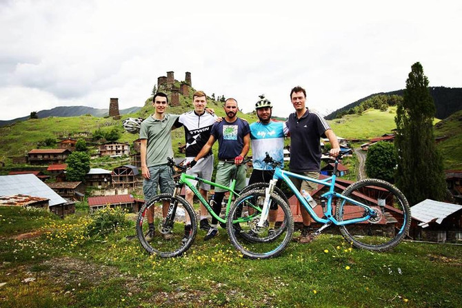4 top destinations in Sakartvelo (Georgia)  which you need to see by mountain bike