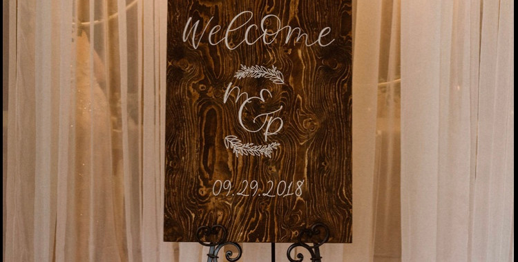 Wooden Wedding Welcome Sign