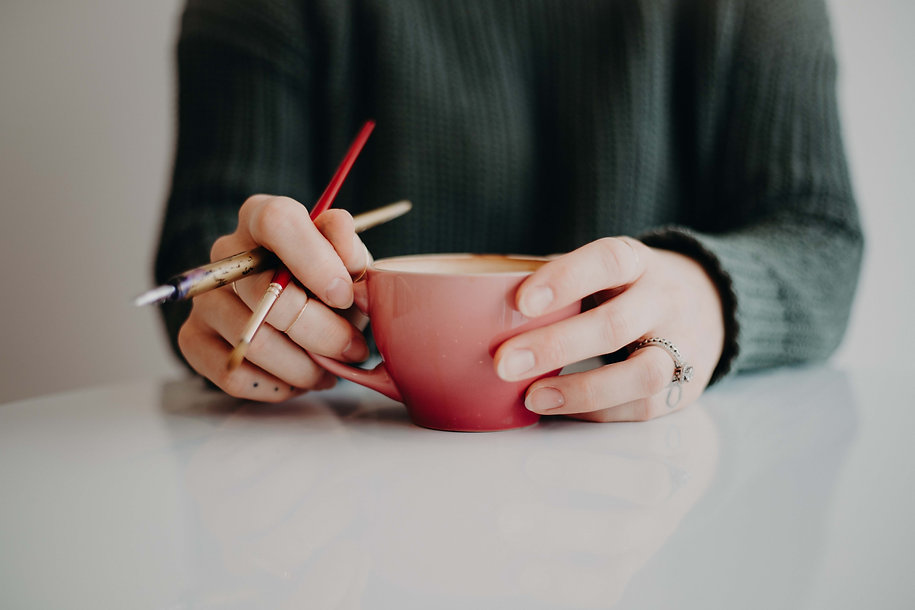 holding cup w pens.jpg