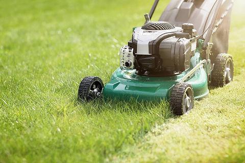 lawnmower_092618.jpg