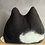 Thumbnail: MIMI - naturschwarz mit weißen Flecken und offenen Augen