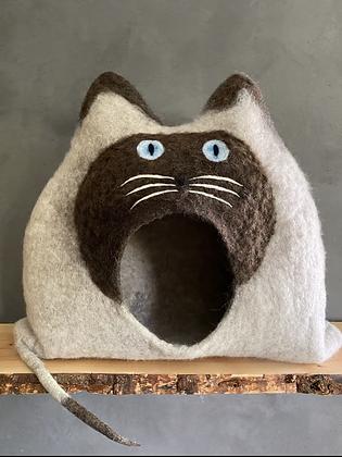 HENRY - BKH / SIAM / BIRMA / RAGDOLL Custom made model of your cat