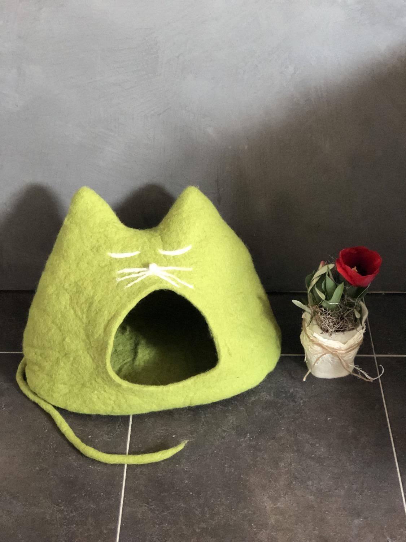 Katzenhöhle SPRING