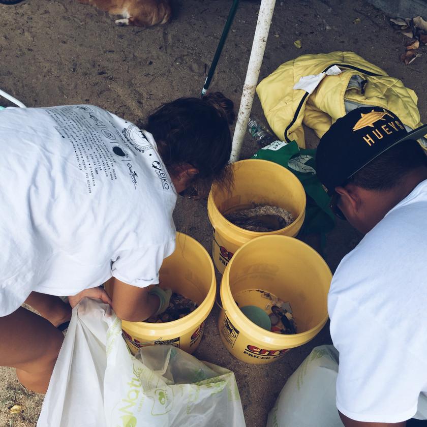Siena Schaar Waialae Beach Cleanup Keiko Conservation One Ocean Diving