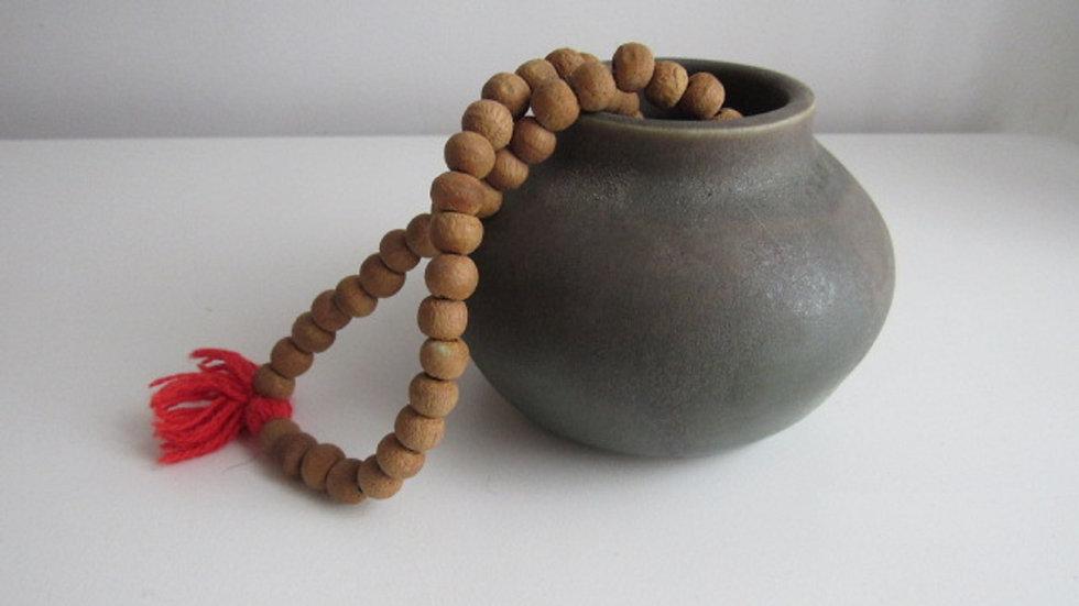 pot&beads.jpg