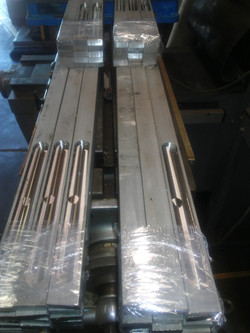 Radiused Slots In Aluminum Platens